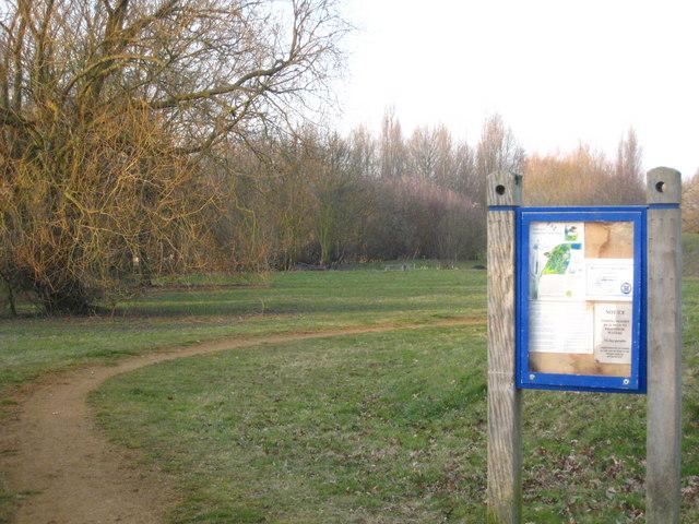 Information board on Harmondsworth Moor - geograph.org.uk - 1752162