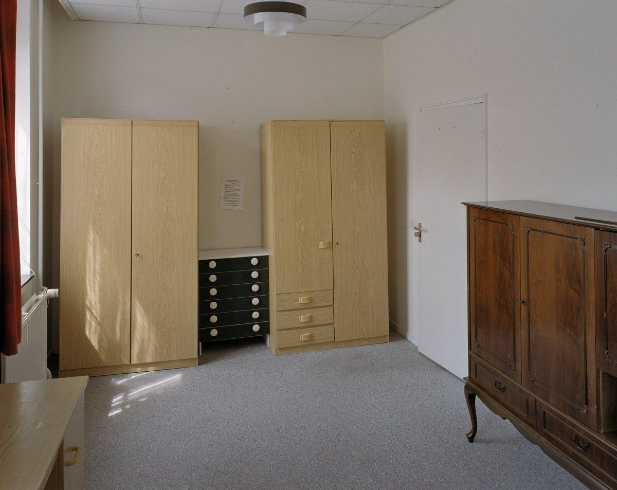 File interieur hoofdgebouw kloostercel rijckholt for Interieur 605