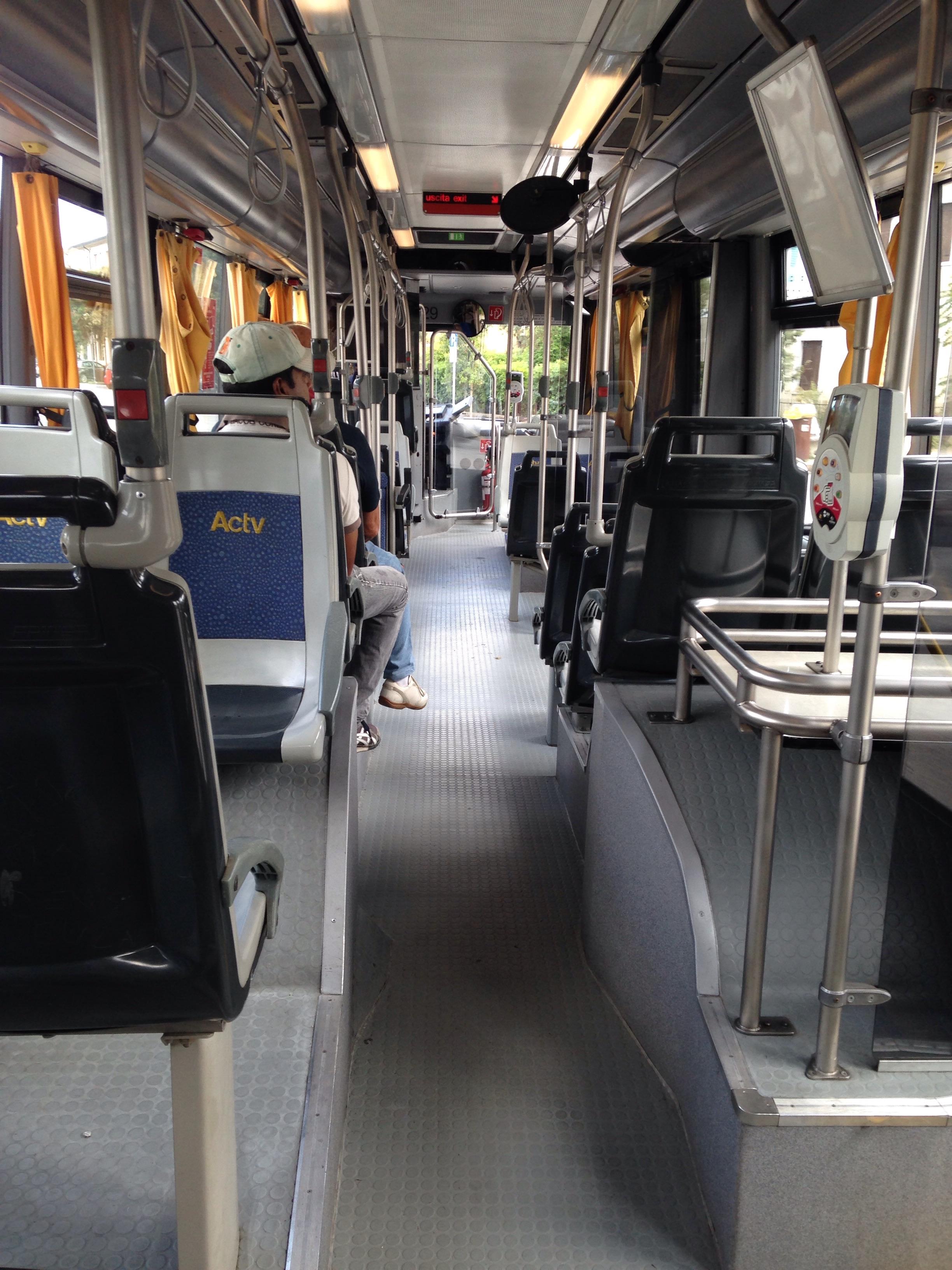 file interno autobus scania omnicity actv venezia
