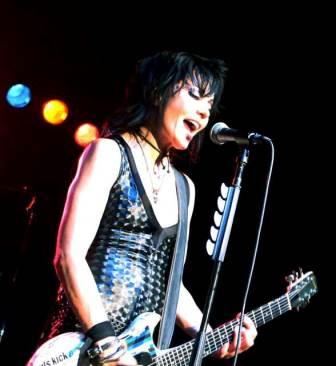 File:Joan Jett Performance 2013.jpg