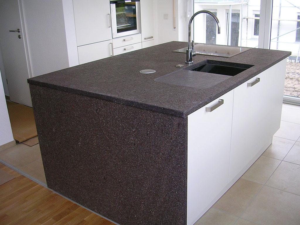 Küche dunkle arbeitsplatte dunkler boden – sehremini