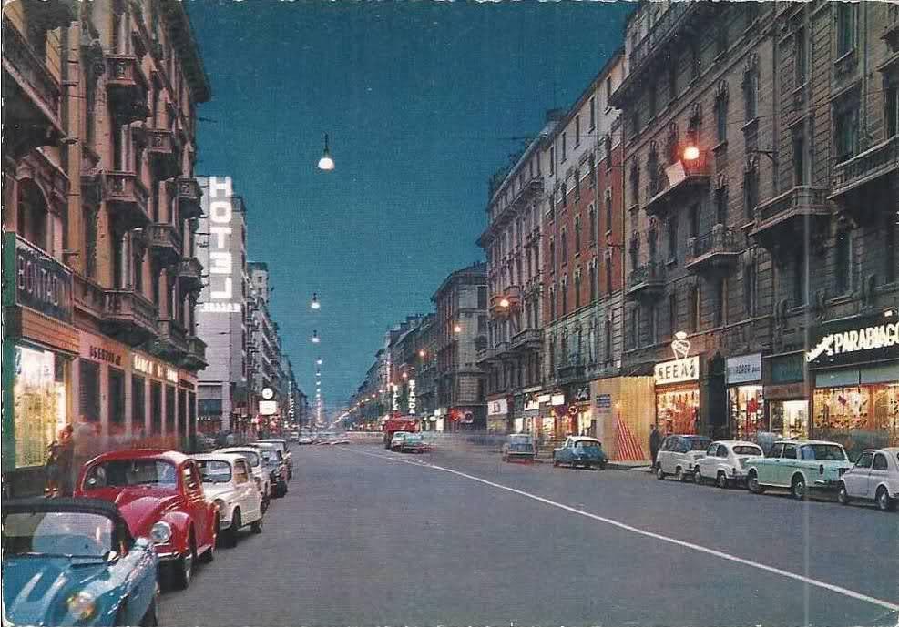 File milano corso buenos aires for Corso stilista milano