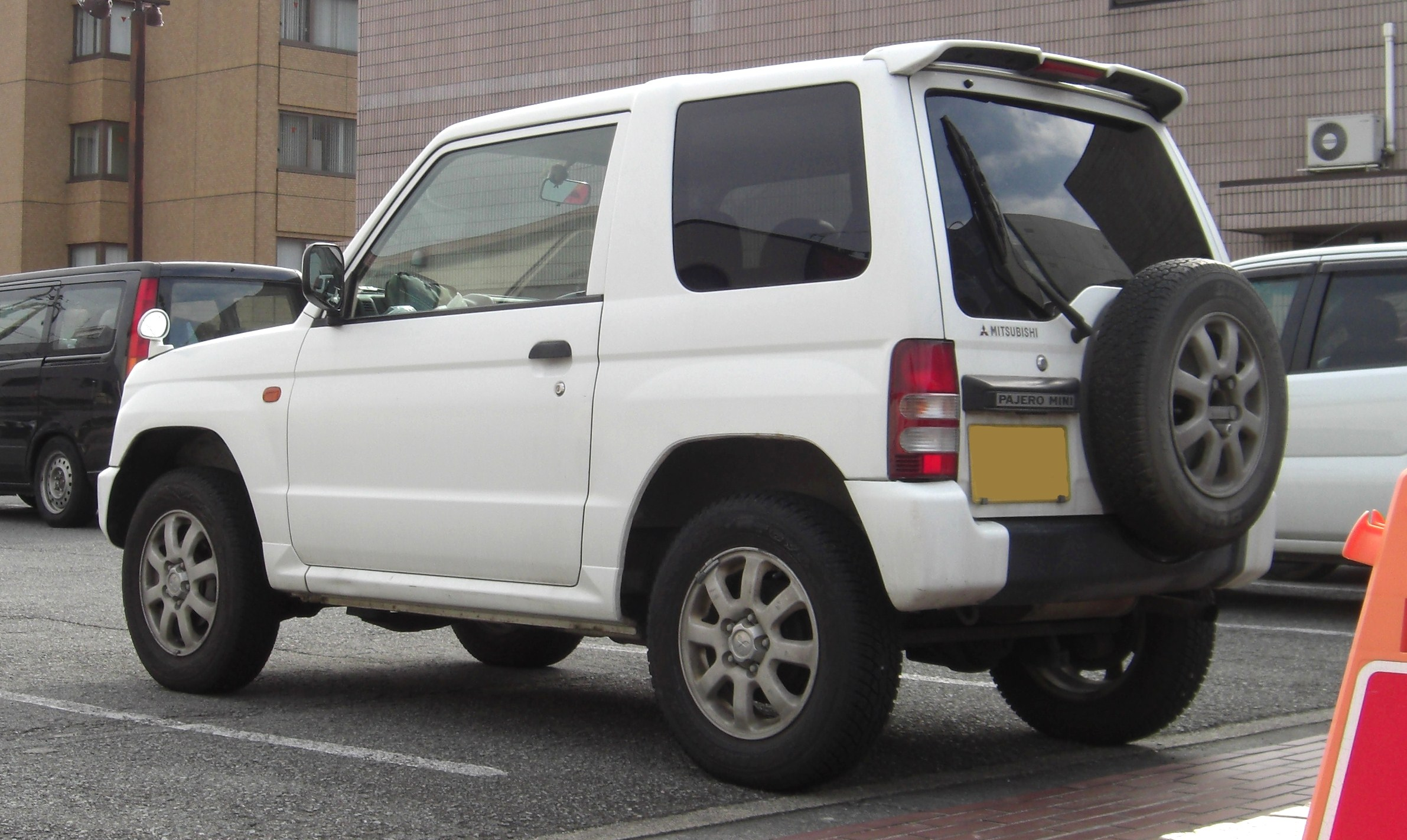 file mitsubishi pajero mini skipper rear jpg wikimedia commons