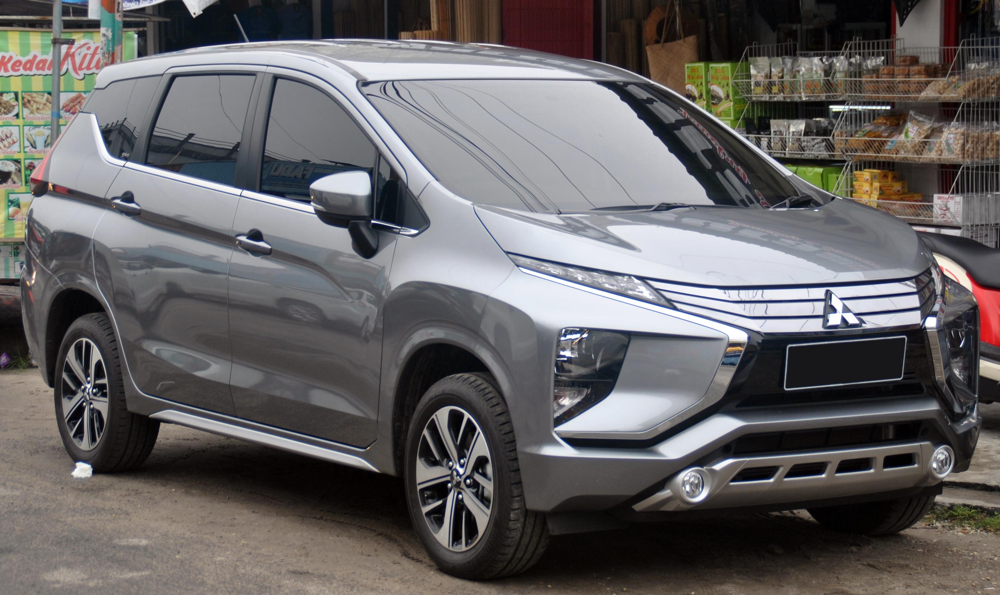 File:Mitsubishi Xpander Sport (depan), Palangkaraya.jpg ...