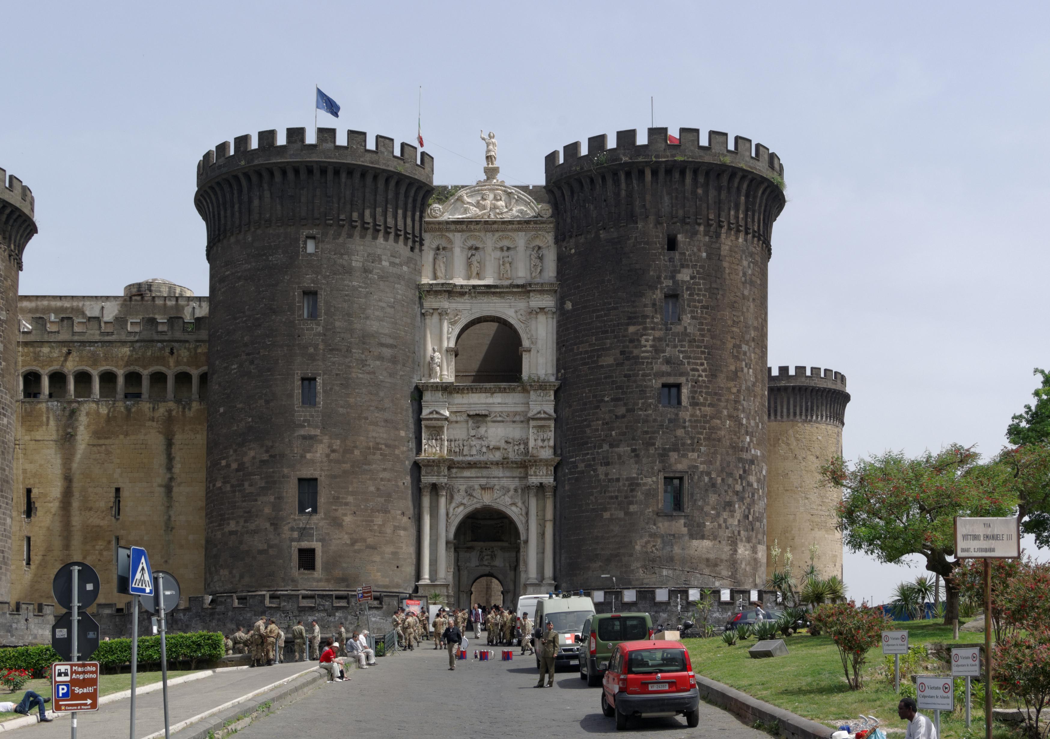 Napoli Da Via Toledo A Villa Bandini Mezzi Pubblici