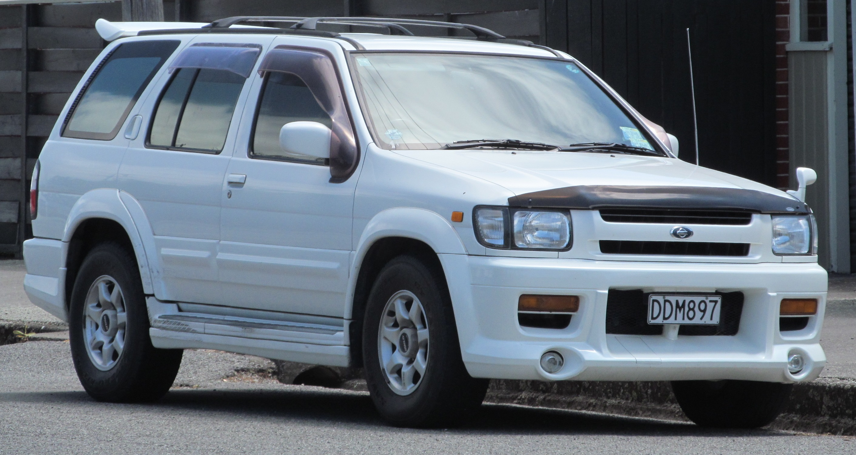 File:Nissan Terrano Regulus Starfire  The Regulus Starfire