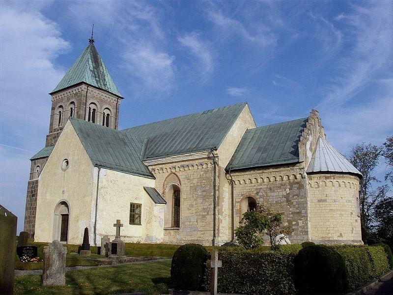 Bild av Bjäresjö kyrka