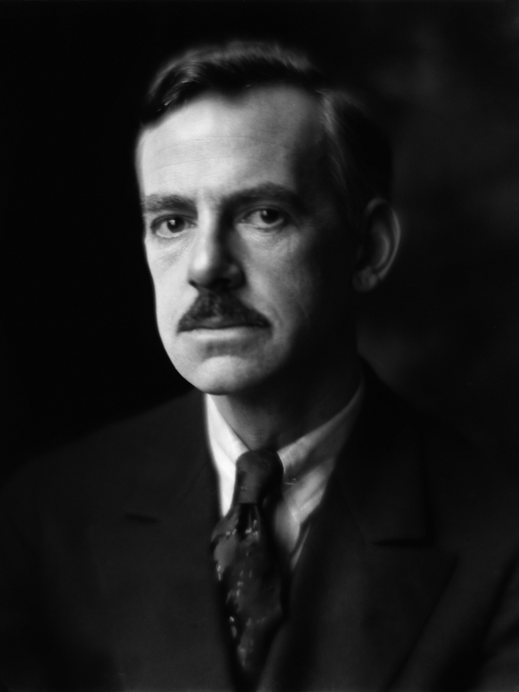 Portrait of O'Neill by [[Alice Boughton]]