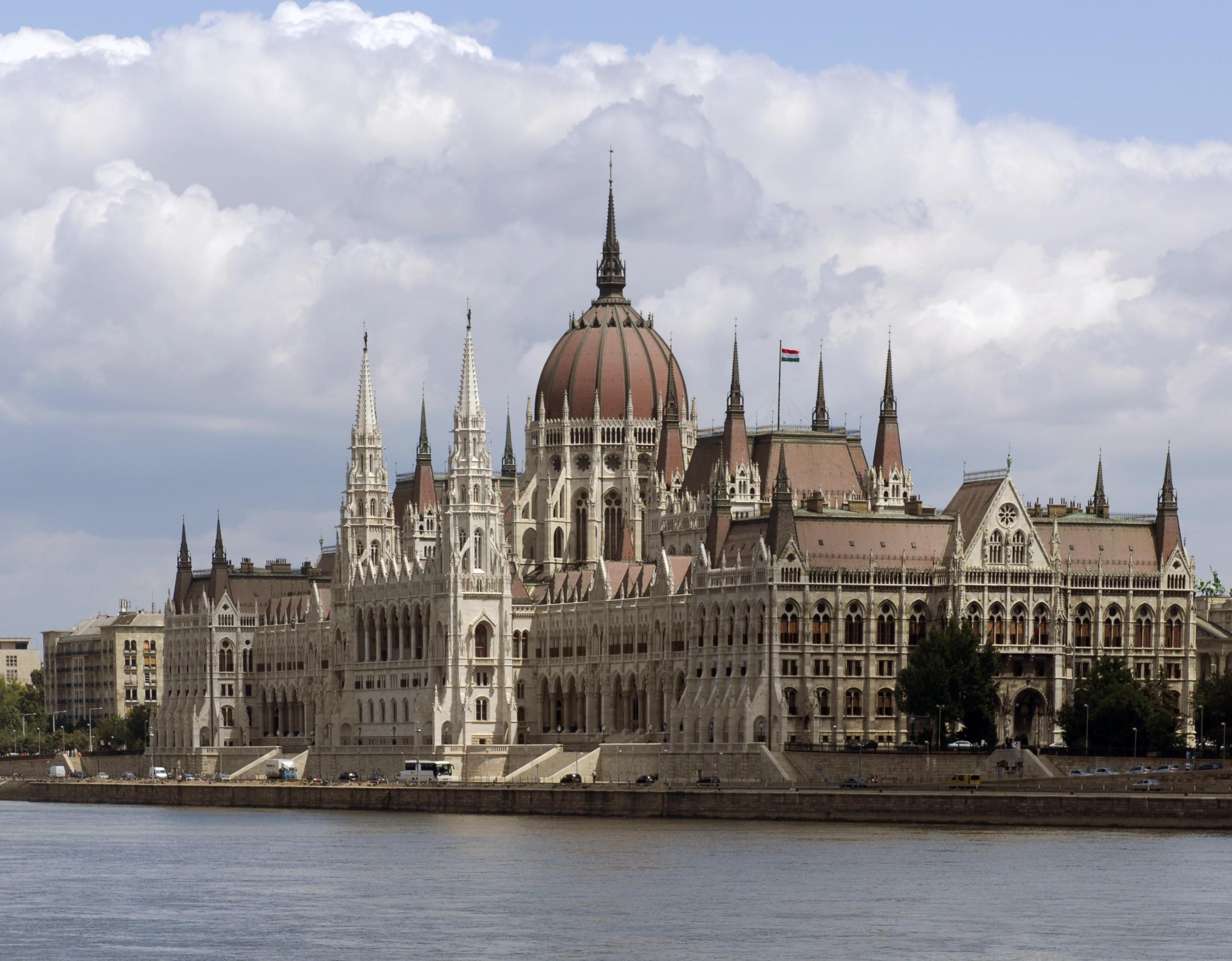 Parliament Building (Budapest, Hungary).jpg