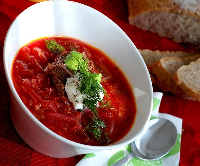 File:Russian borscht with beef and sour cream.jpg - Wikimedia Commons