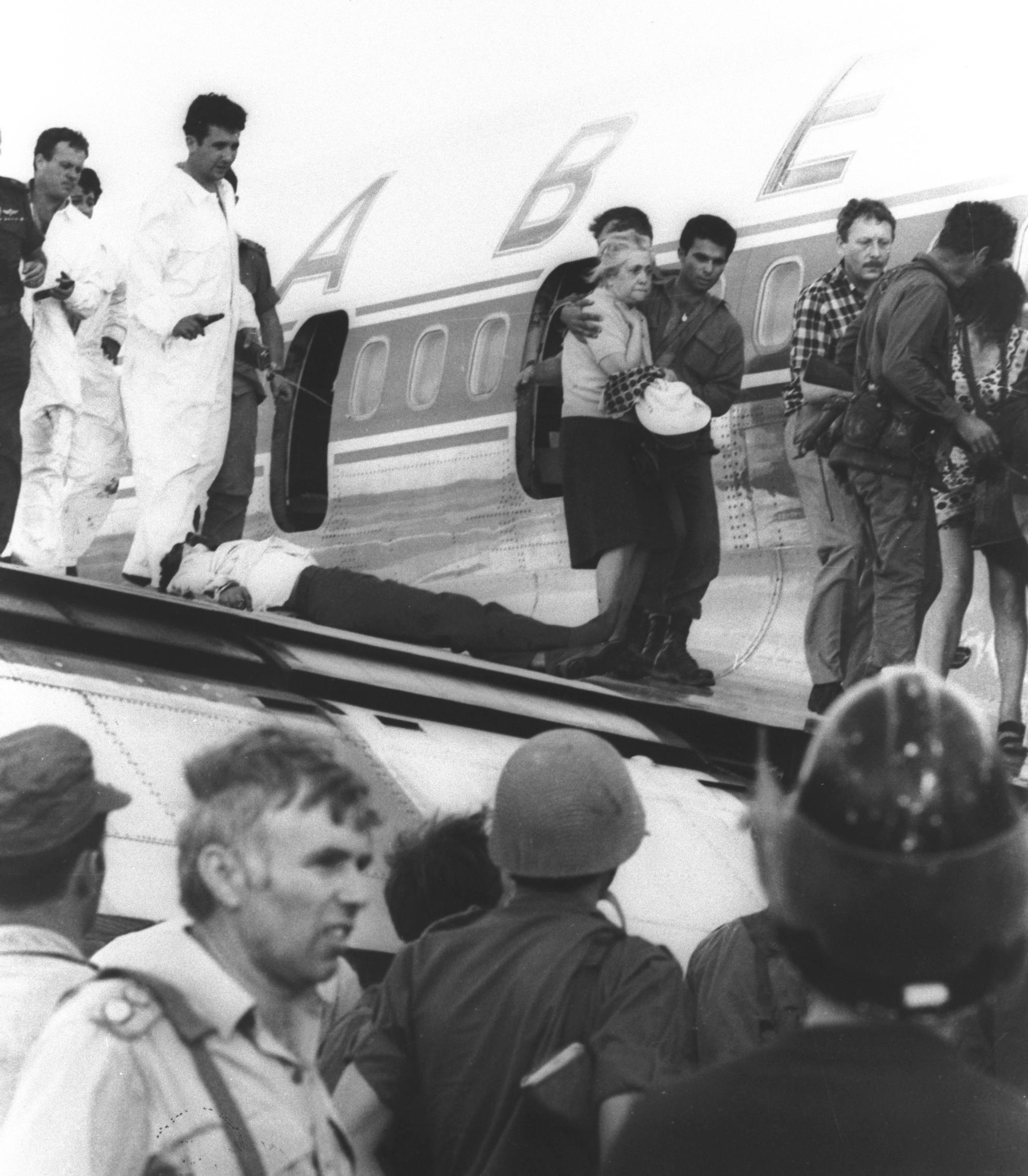 לרדת מכנף הסבנה: אסטרטגיה ישראלית לנוכח טרגדיית החטיפה