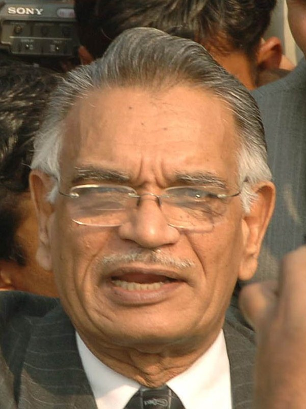 Shivraj Patil - Bio,Wiki,Birth date,Birth place,Family facts