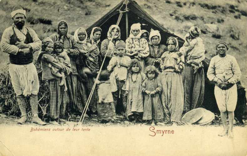 File:Smyrne Group of Gypsy.jpg