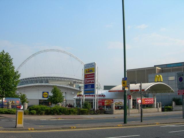 File:Stadium Retail Park, Wembley Park - geograph.org.uk - 456262.jpg