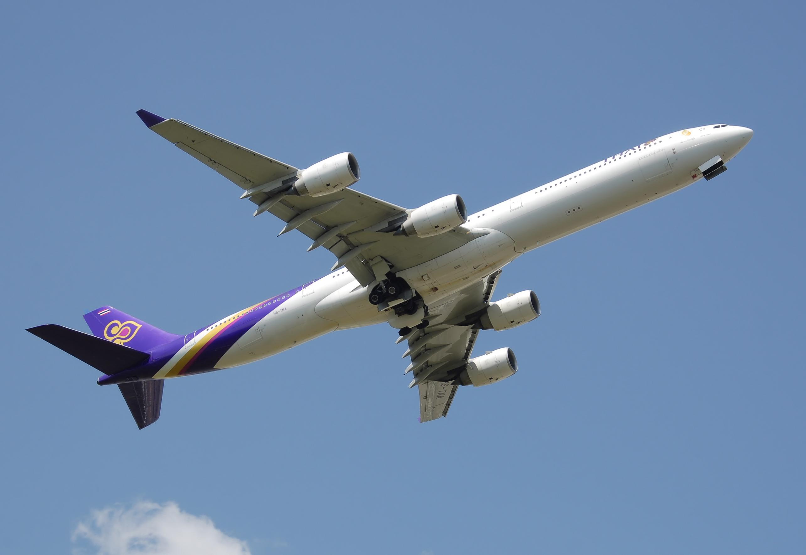 thai airways a340-600 hs-tna takeoff arp.jpg