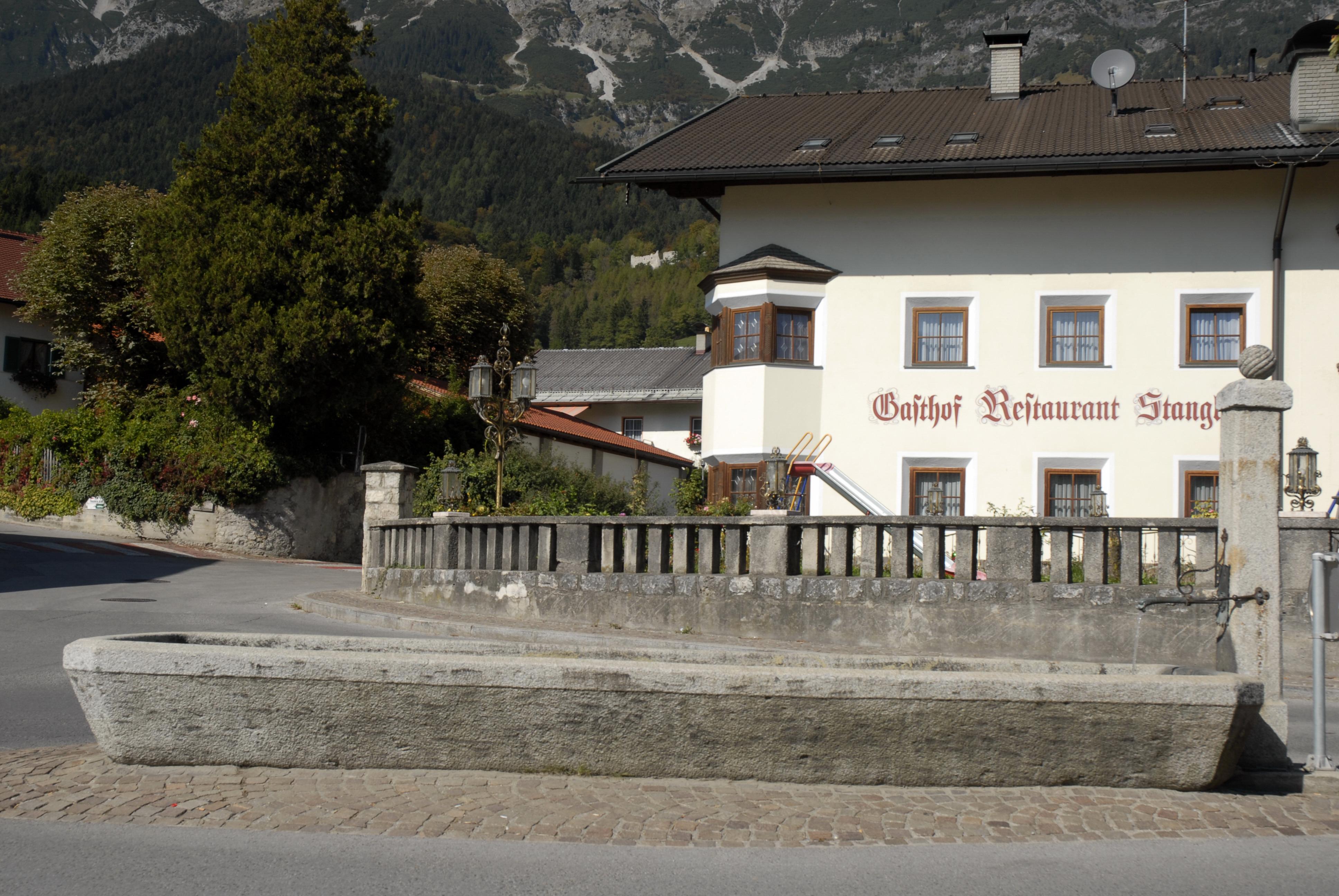 Datei:Romediuskirche Thaur blaklimos.com Wikipedia