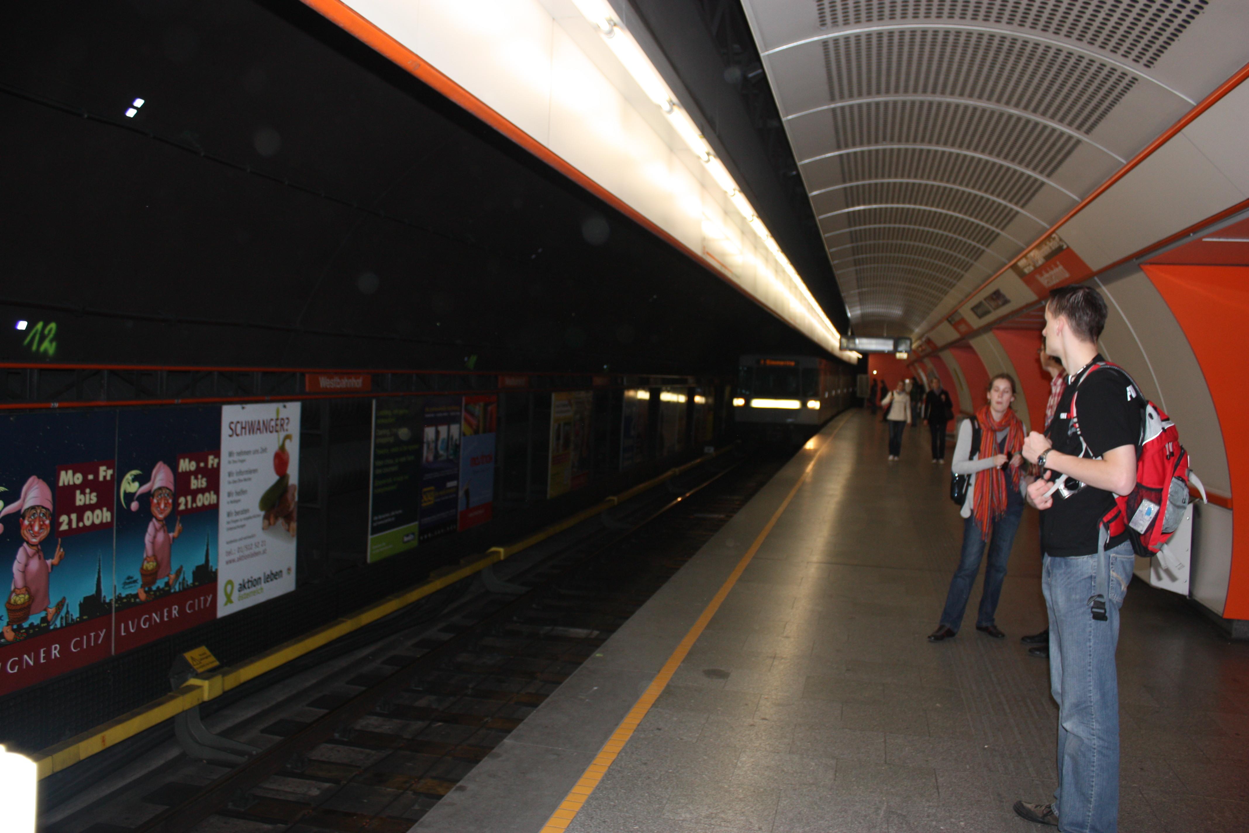 Fileu Bahnhof Westbahnhof Wien 1922jpg Wikimedia Commons