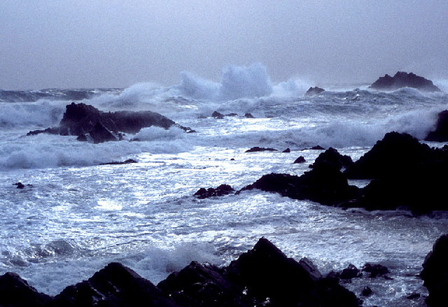 File:Winter Sea, Fair Isle - geograph.org.uk - 9202.jpg ...