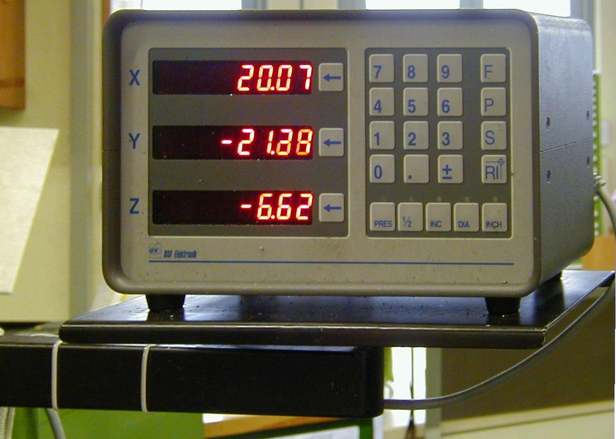 File:Xyz display milling machine.jpg - Wikimedia Commons