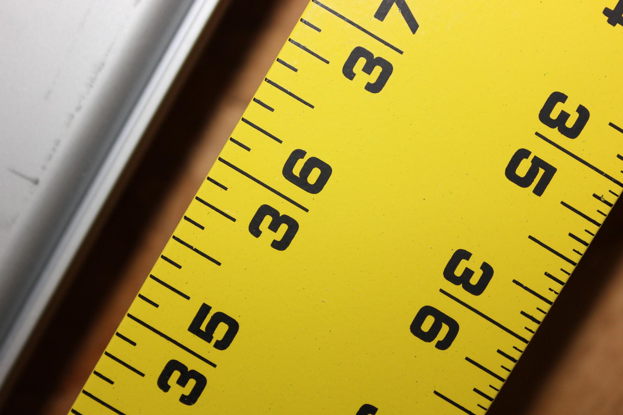 Tape Measurement Chart: Yellow Ruler.JPG - Wikimedia Commons,Chart