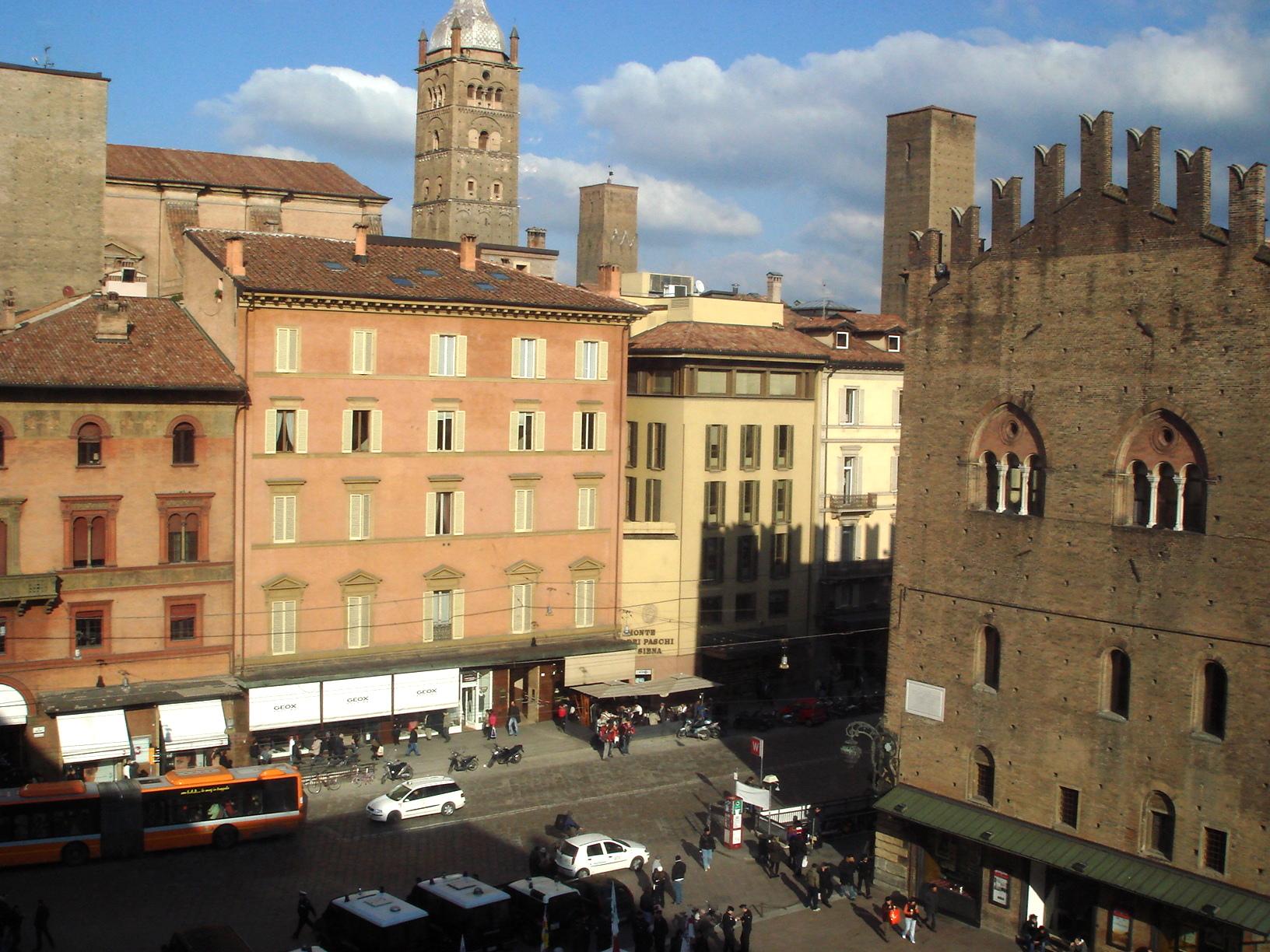 1199 - Bologna - Piazza Maggiore - Foto Giovanni Dall'Orto, 9-Feb-2008.jpg