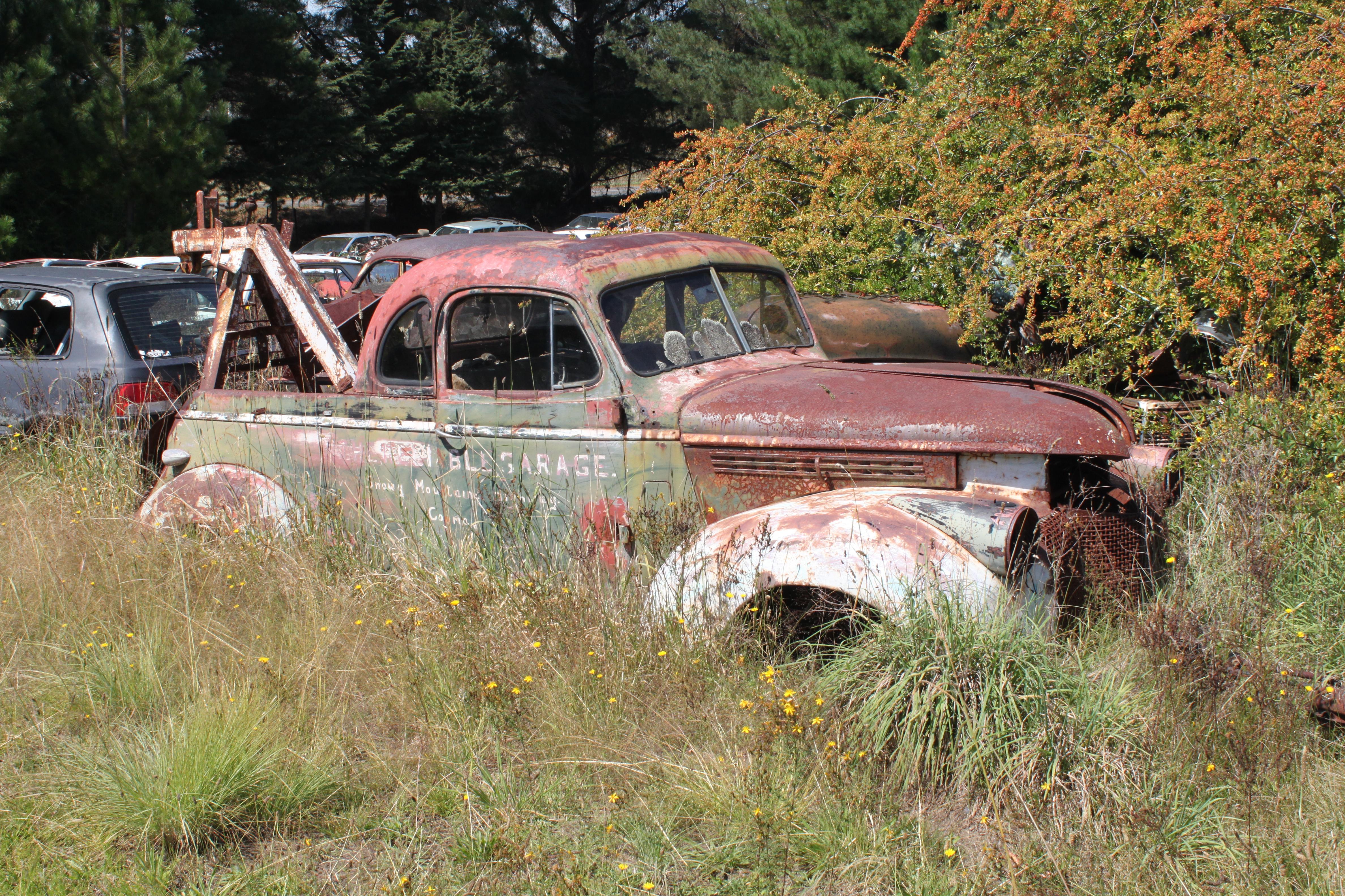 File:1946? Chevrolet Tow Truck (16281878664).jpg - Wikimedia Commons
