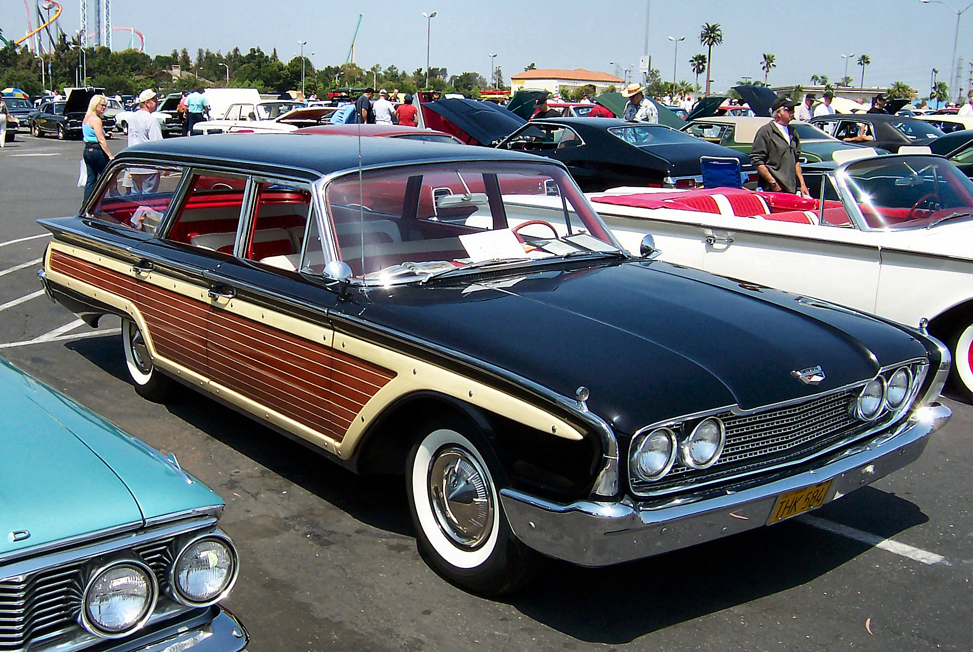 File:1960 Ford Country Squire.jpg - Wikipedia