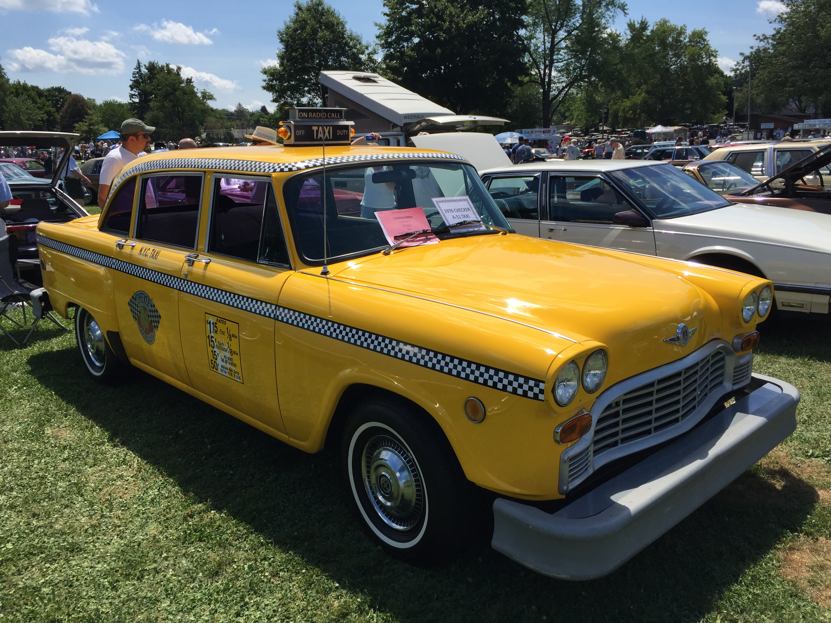 1976_Checker_A-11_Taxi_at_2015_Macungie_