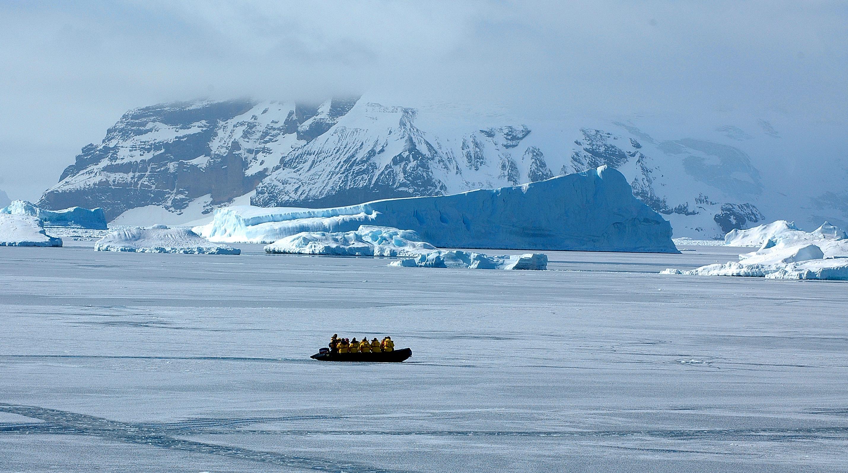 Snow Hill Island – Wikipedia