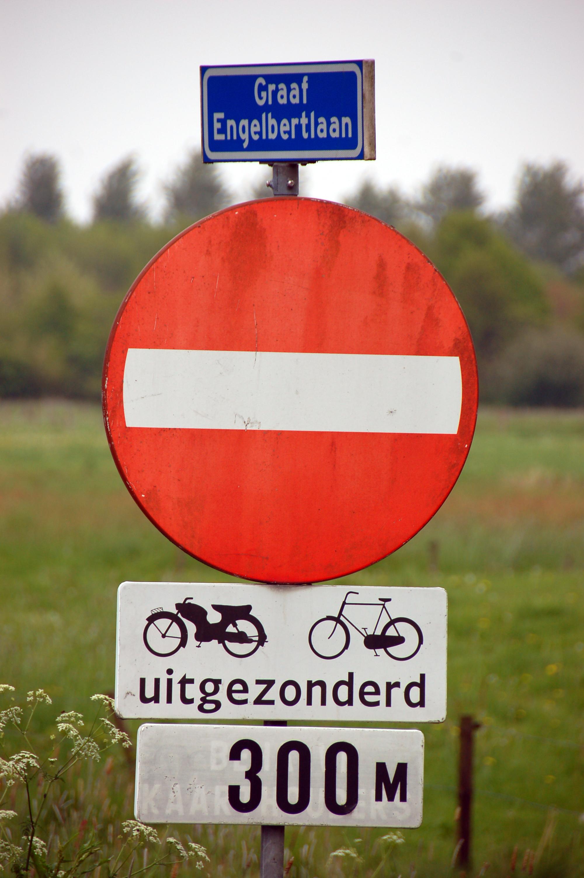 Datei:2010-05-breda-fahrradschilder-by-RalfR-03.jpg
