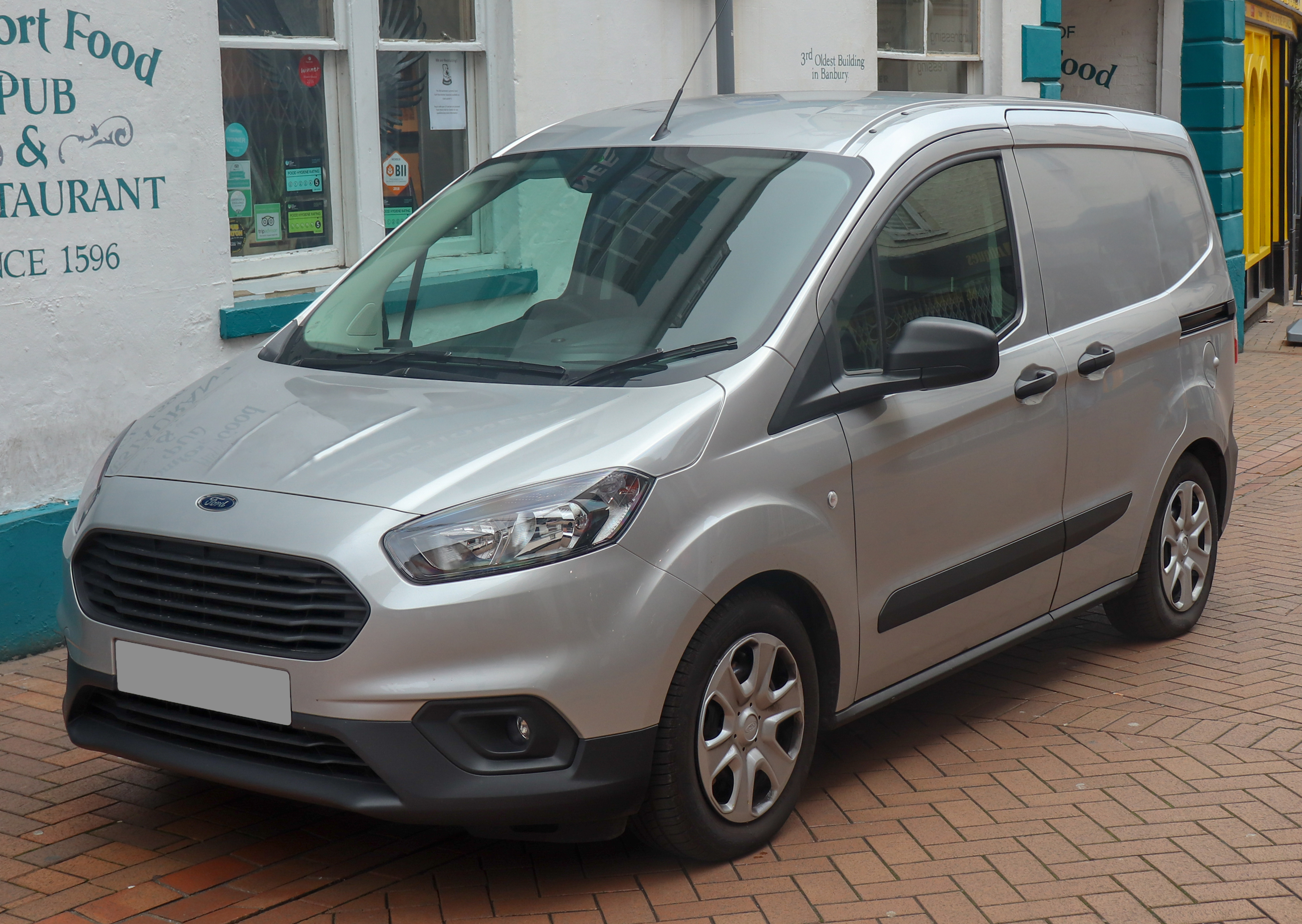 Ford Transit Courier - Wikipedia