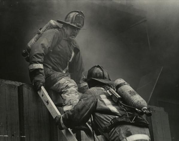 File:3 Alarm Building Fire.jpg