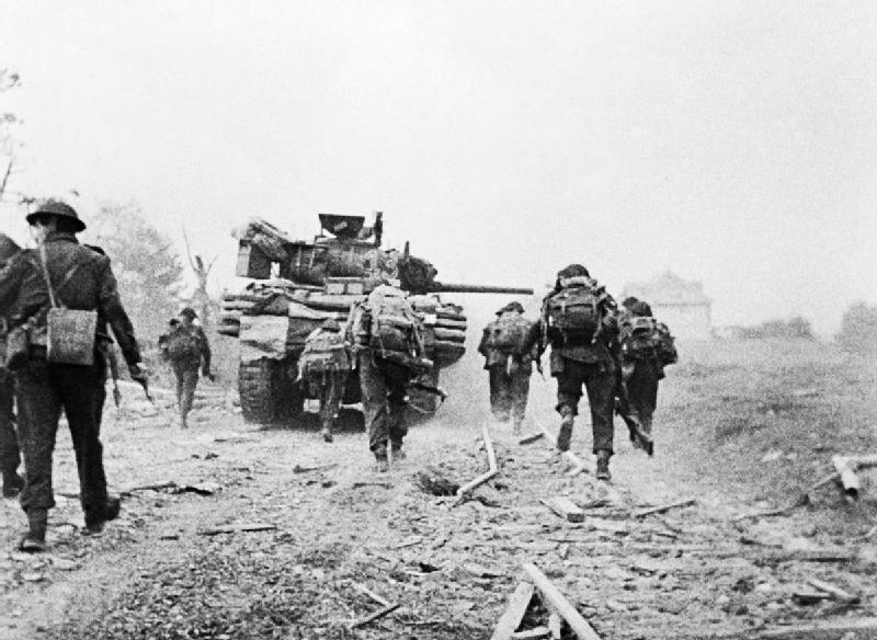 File:Advancing towards Ouistreham.jpg - Wikipedia, the free ...