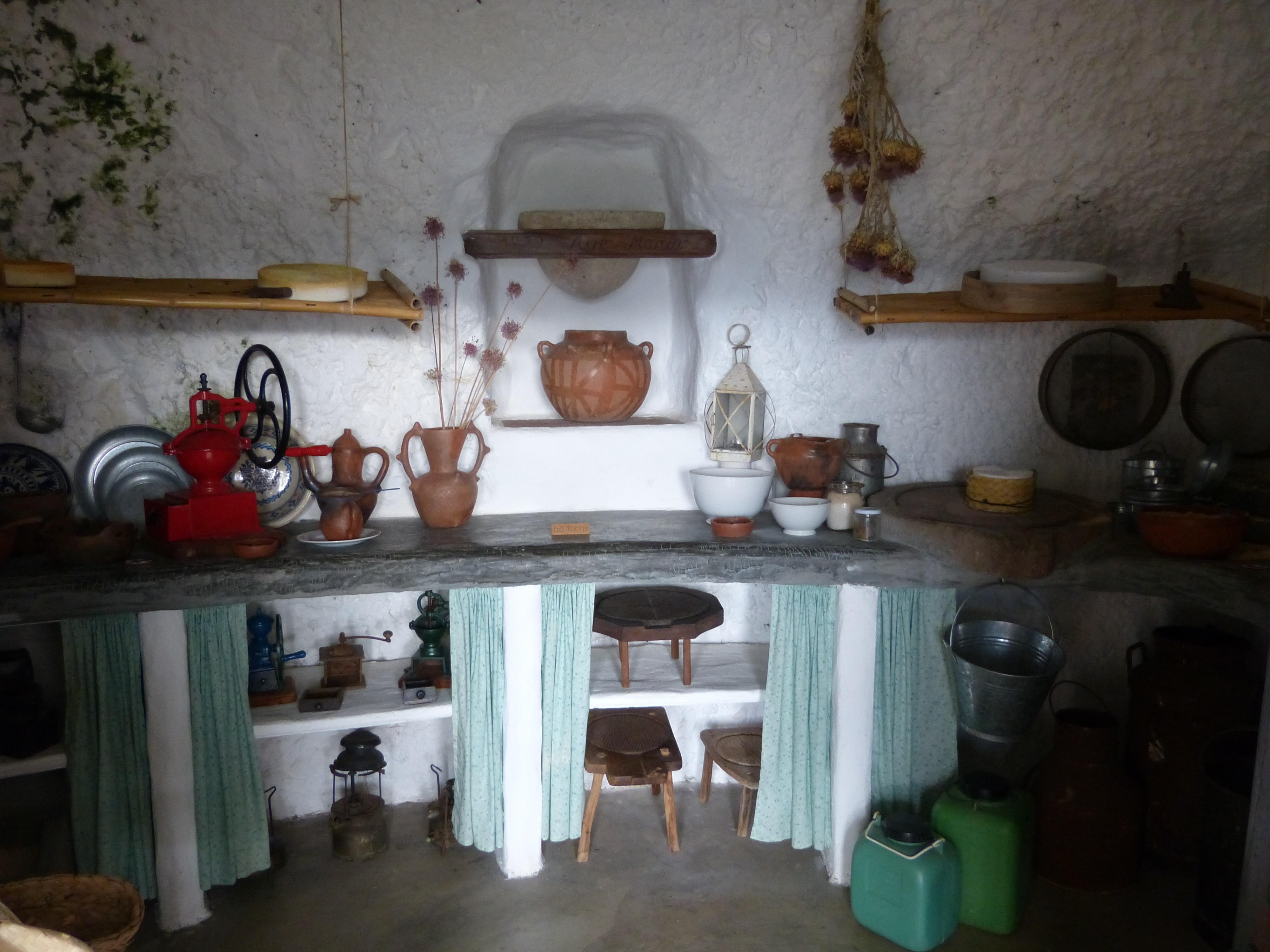 File:Artenara Museo Casas Cuevas - Höhle 7a Küche.jpg - Wikimedia ... | {Küchenumbau 2017 41}