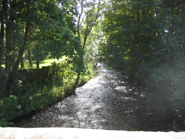 Austwick Beck - downstream from Austwick Bridge - geograph.org.uk - 1727125