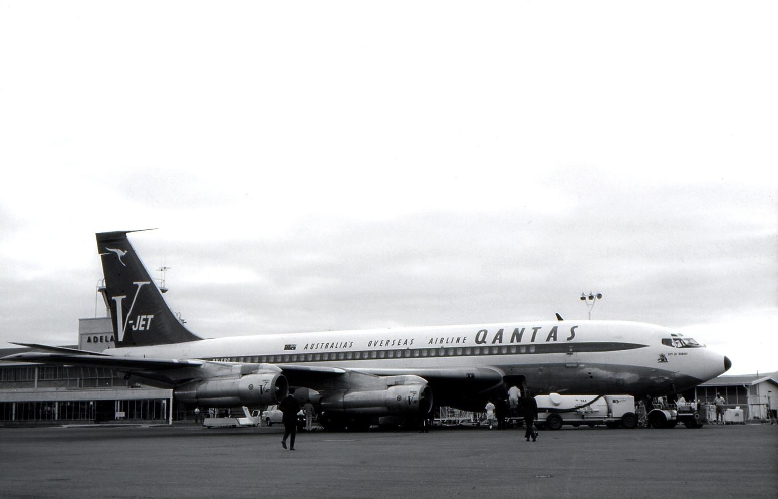 FileBoeing 707 138B Qantas AN0463204jpg Wikimedia Commons