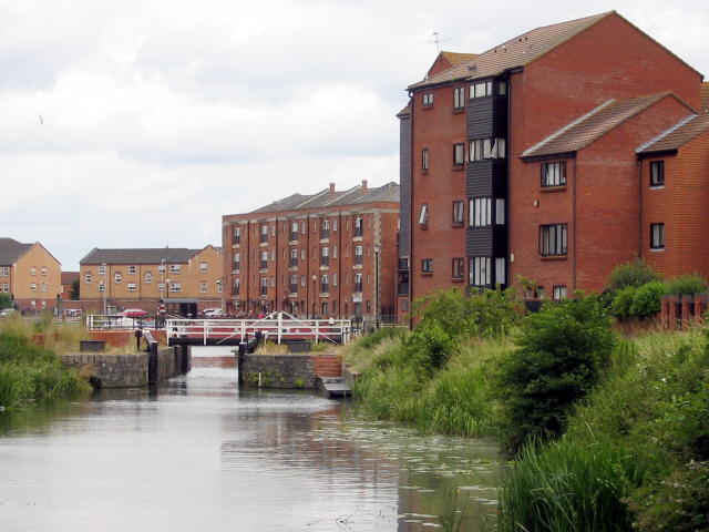 Bridgwater and Taunton Canal - geograph.org.uk - 1006591