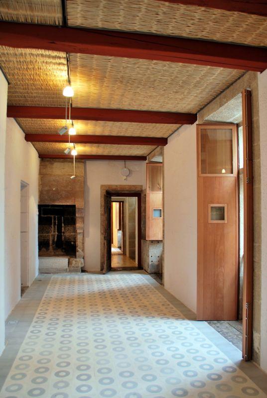 File casa del cabildo interior sala - Chimeneas de interior ...