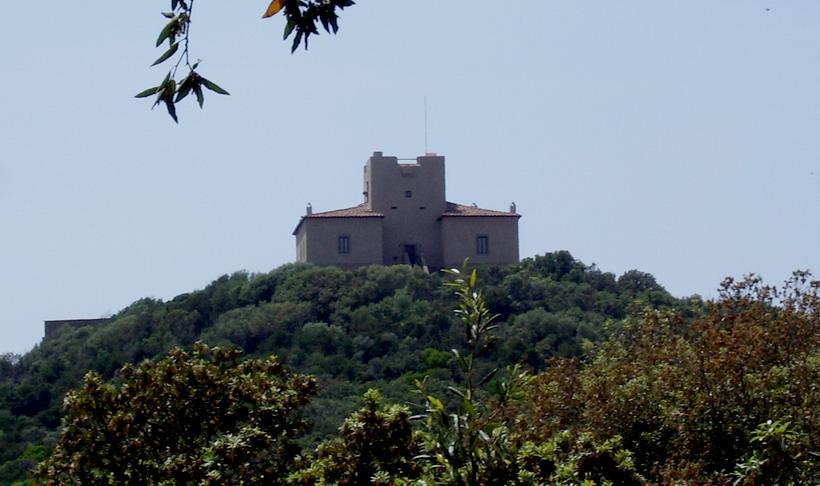 Castello di Punta Ala2.jpg