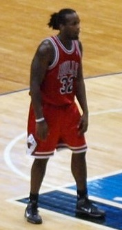 Chris Richard Bulls 2009 5.jpg