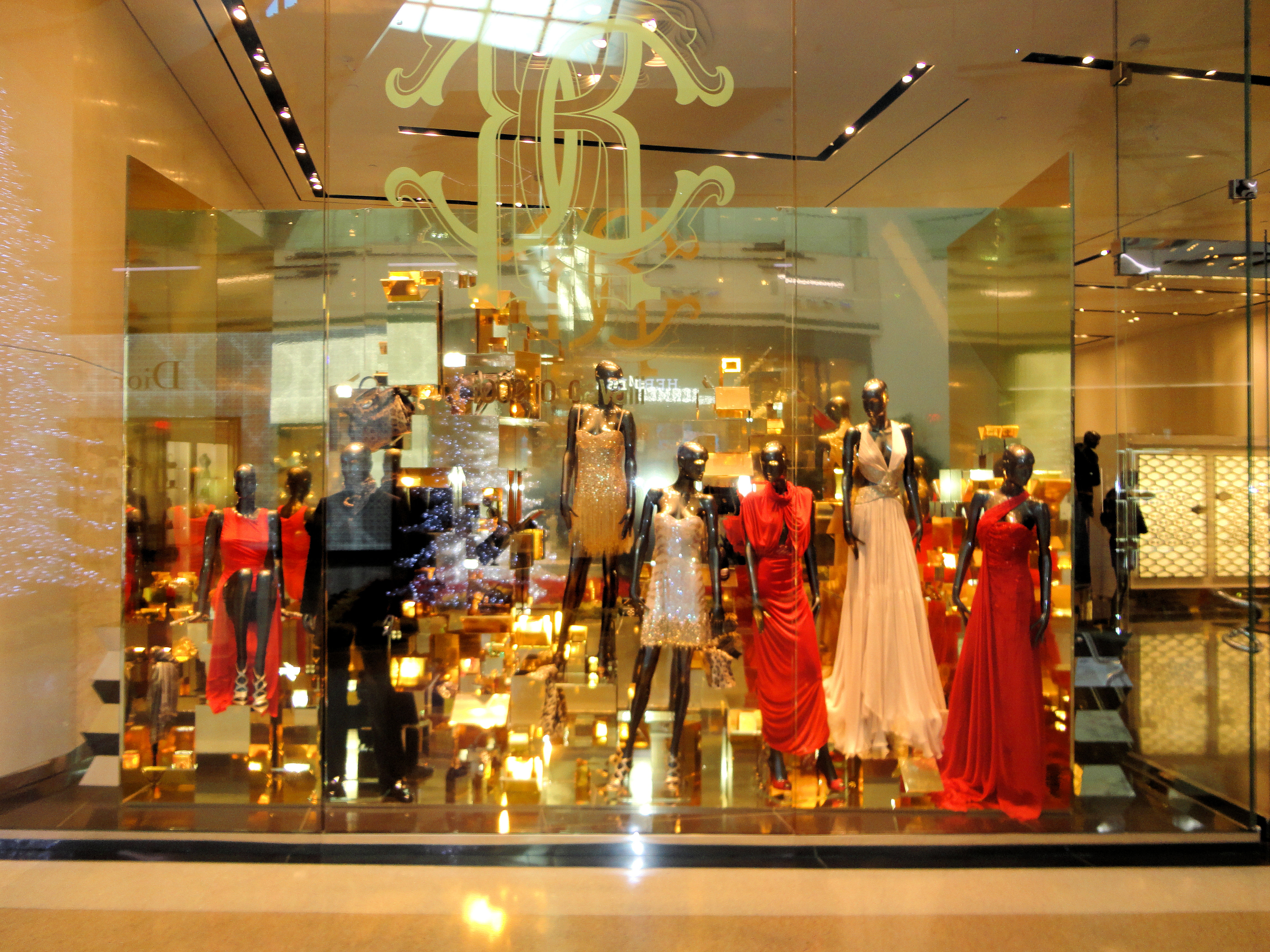 World Famous Architects File Crystals Retail And Entertainment City Center Las
