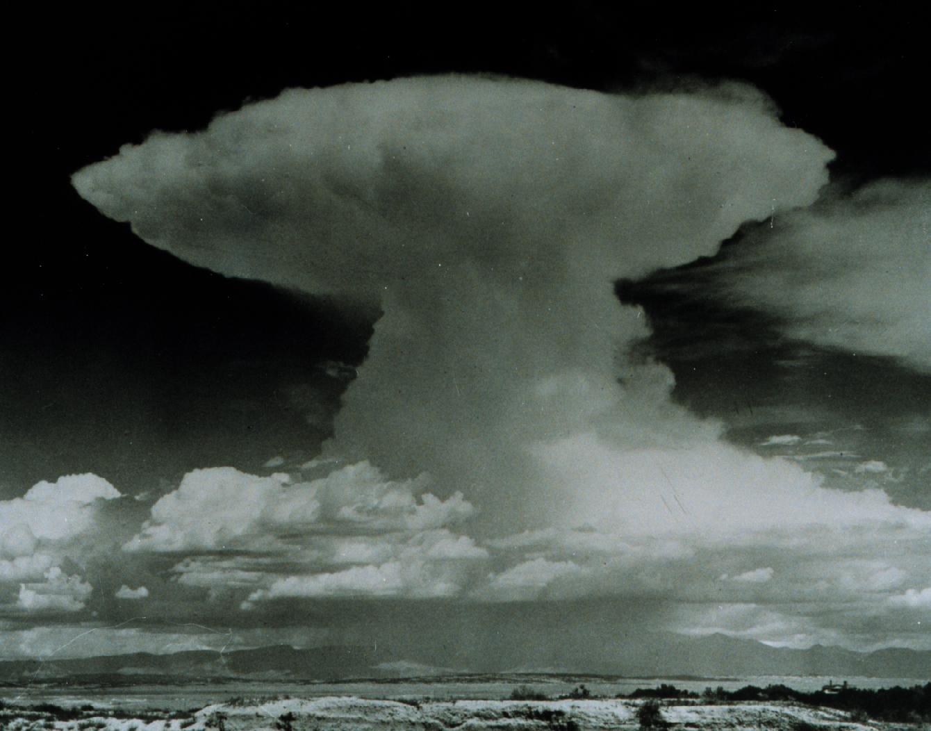Archivo:Cumulonimbus NOAA gov.jpg
