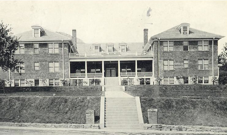 Daniel Boone Hotel