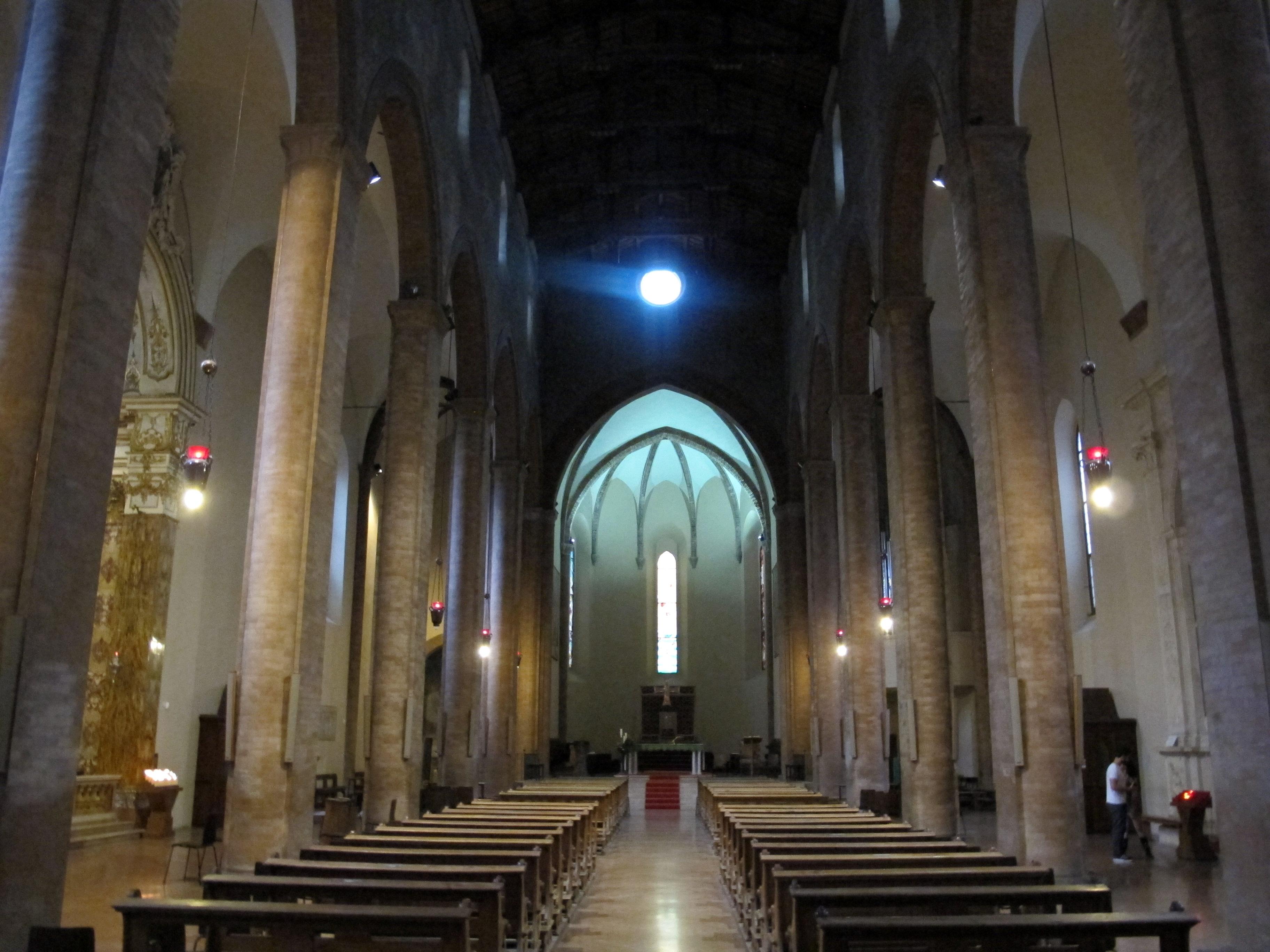 File Duomo Di Cesena Interno 01 Jpg Wikipedia