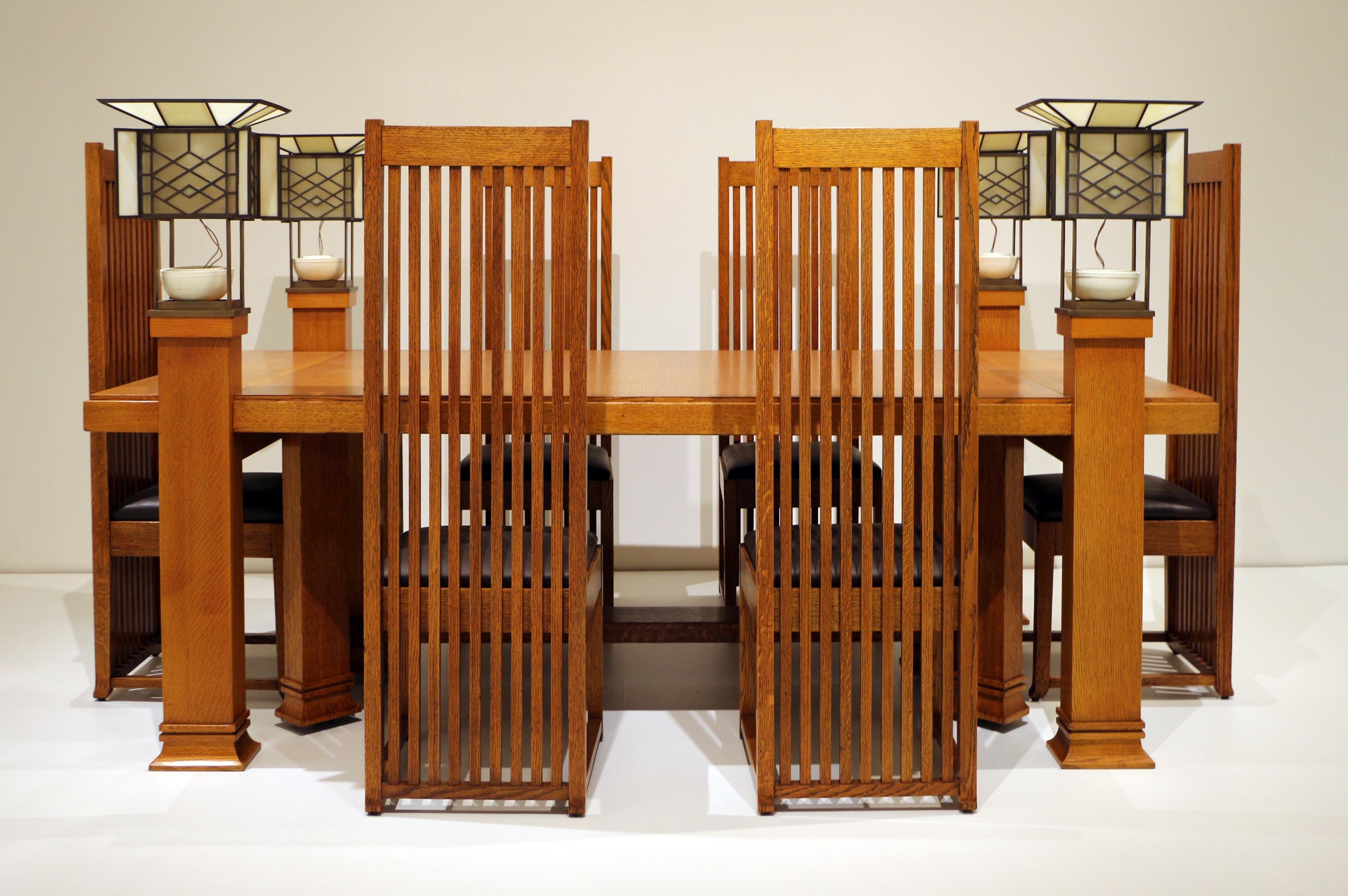 File:Frank Lloyd Wright, Tavolo Da Pranzo E Sei Sedie, Da Robie House