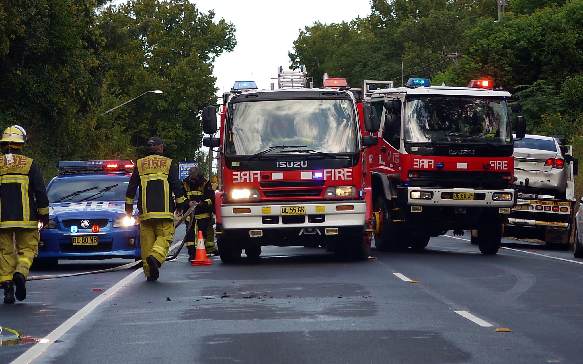 File:HB 203, Isuzu Fire-Rescue pumper ^ Isuzu 4X4 pumper - Flickr