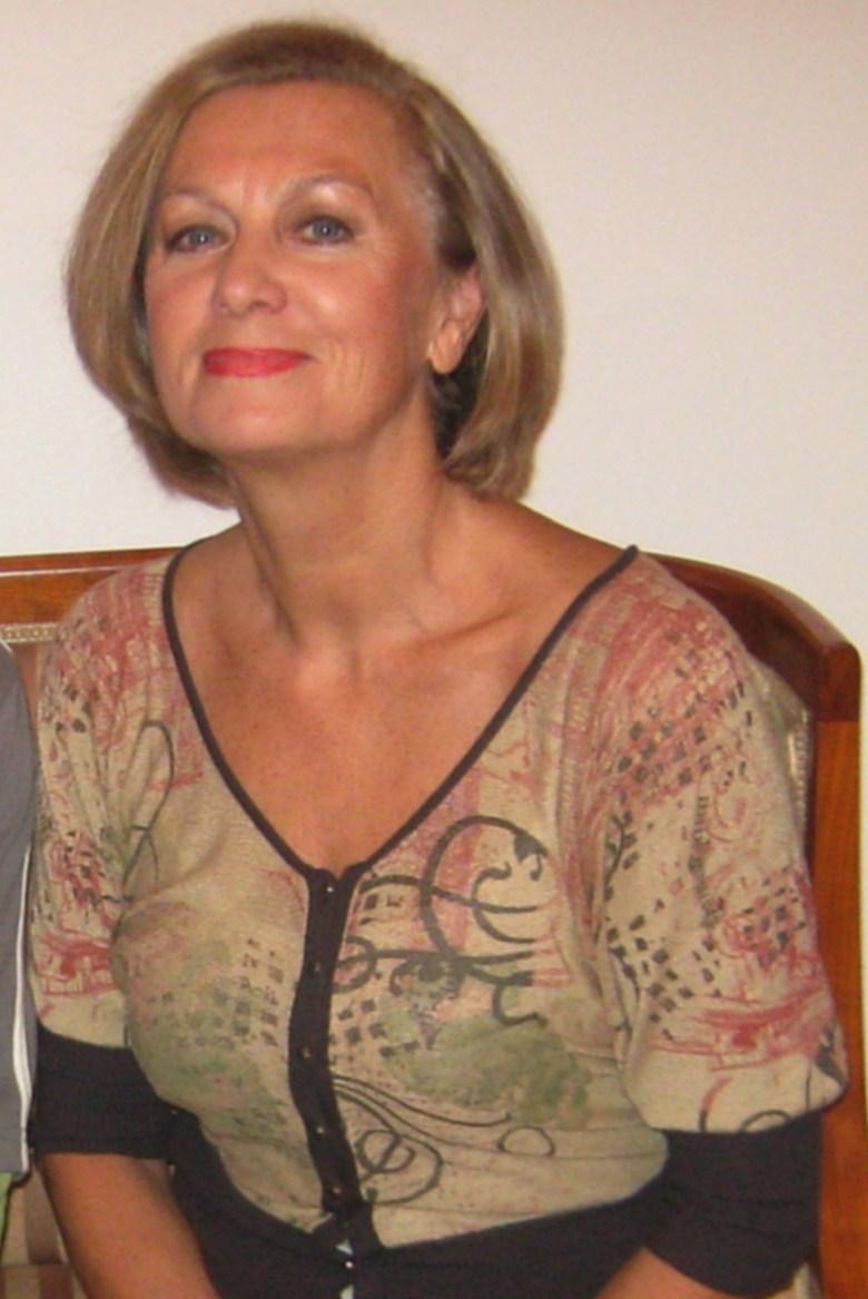 Halina Mlynkova i tylko jedno słowo: WOW! Niby normalna sukienka, a  odsłoniła TAKIE nogi