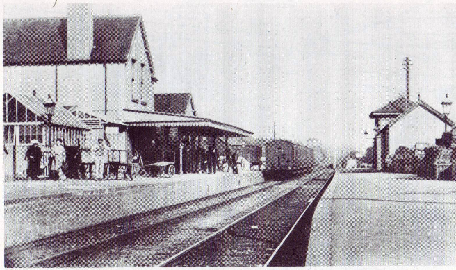 Dunsland Cross Railway Station Photo Halwill /& Beaworthy 1 Holsworthy.