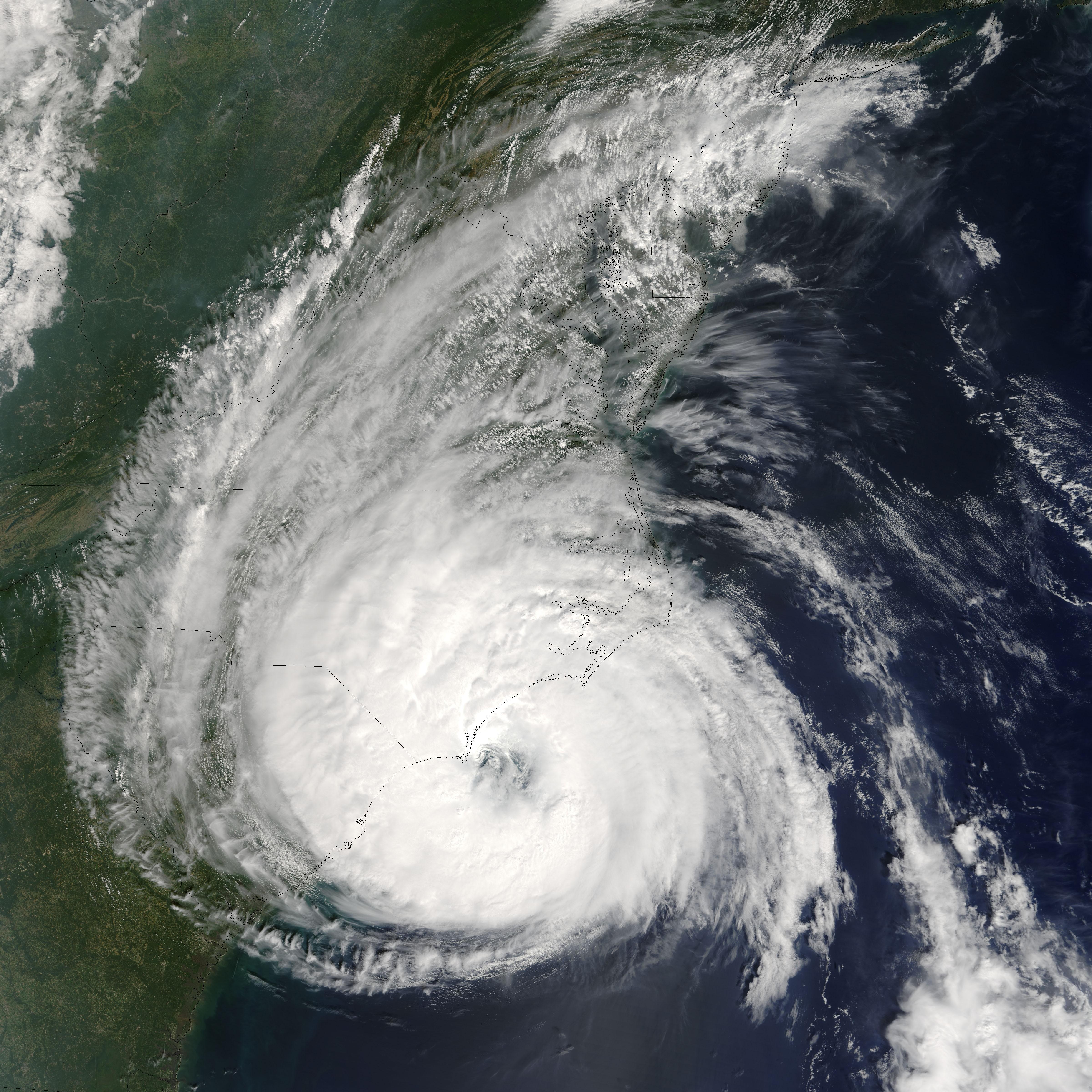 File:Hurricane Ophelia 9142005.jpg