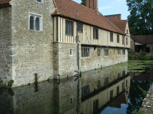 Ightham Mote Reflections - geograph.org.uk - 412230
